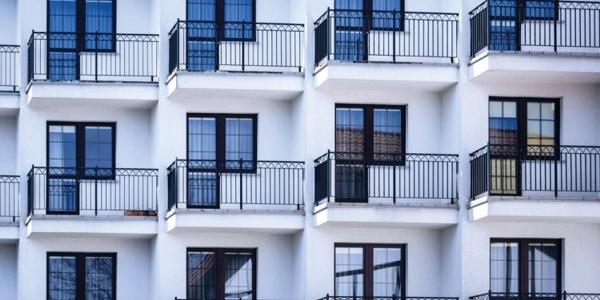 Umidità in casa: chi paga tra inquilino e proprietario?
