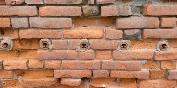 Combattere l'umidità di risalita: sifoni drenanti Knapen